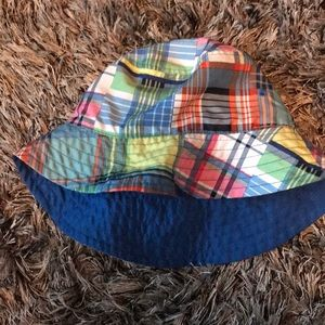 Gently used baby Gap sun hat XS reversible.